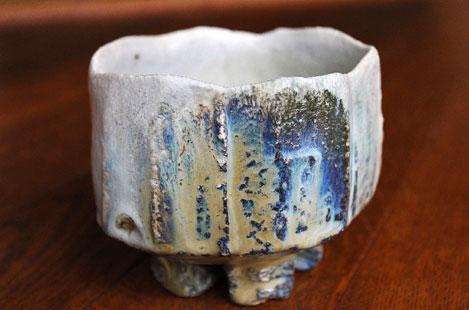 Nishihata-Tadashi-faceted ash-glazed-tamba-chawan