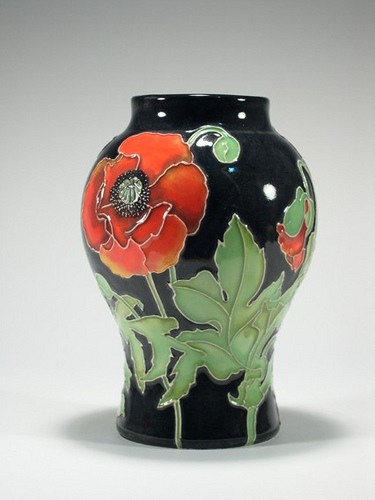 Moorcroft poppy series
