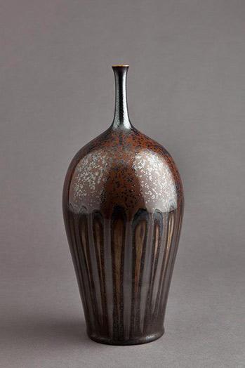 Hideaki-Miyamura--reddish brown glaze bottle