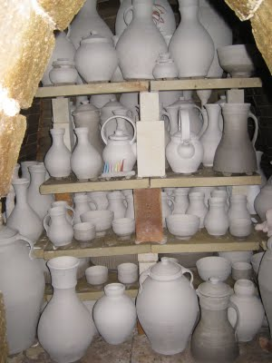 drying pottery