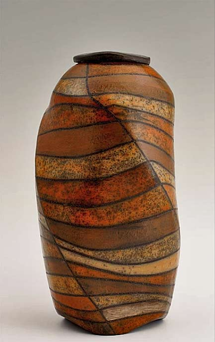 Shamai-Sam-Gibsh wood fired vase