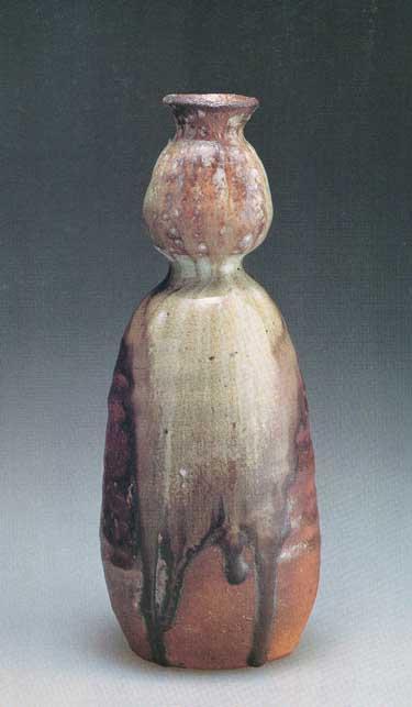 Wood fired Shigaraki Anagami ceramic pottery