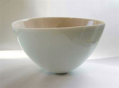 Elegant porcelain bowl by Phil Elson