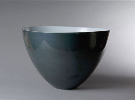 Elegant porcelain bowl - Phil Elson