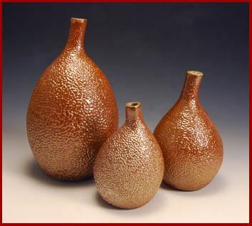 Asymmetrical gourd bottles