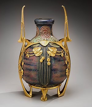Riessner, Stellmacher and Kessel, Amphora Pottery
