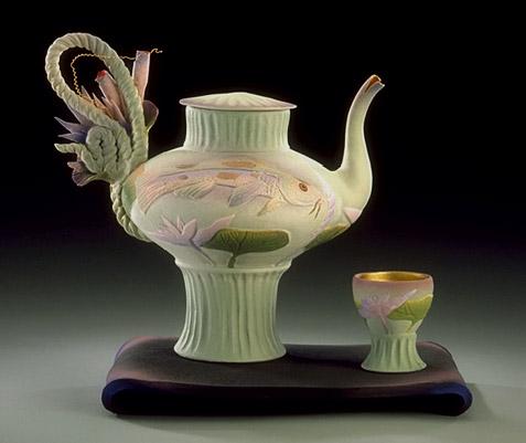 Teapot and sup Two Koi Tea - Nancy Adams