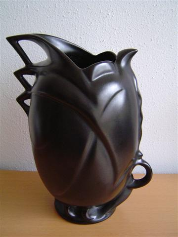 Black art deco jug by by Willem Stuurman