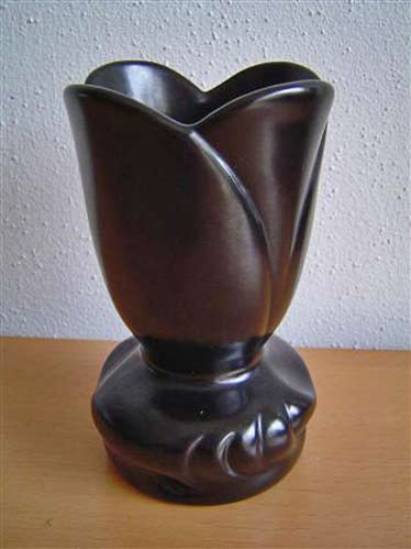 Willem Stuurman black tulip vase