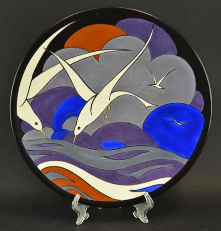 Willem-Stuurman-dish-with flying white seagulls