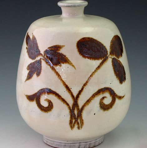 buncheong-pottery-leaf-bottle-with-iron-painted-brown-design-antique-alive