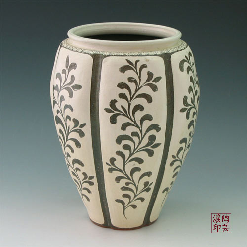 Floor Vase Buncheong Gray with Inlaid Arabesque Design