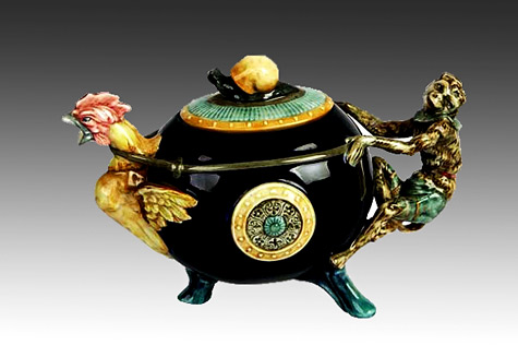 Royal Doulton Tea Pot