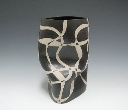 Gustavo Perez Vase abstract vase in black and white