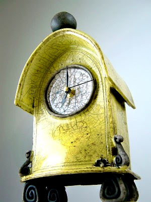 Ian-Roberts footed yellow ceramic crackle mantle clock