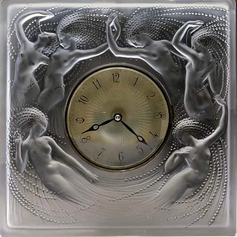 Sirenes clock RENE-LALIQUE glass face with naked sirens