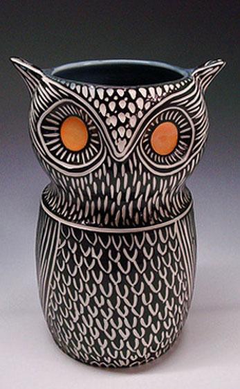 Shoshona-Snow-ceramics sgraffito owl vase with orange eyes