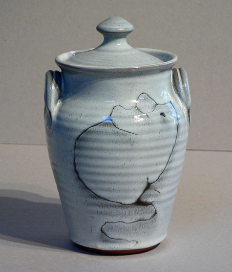 Elisabeth Bailey lidded ridged vessel