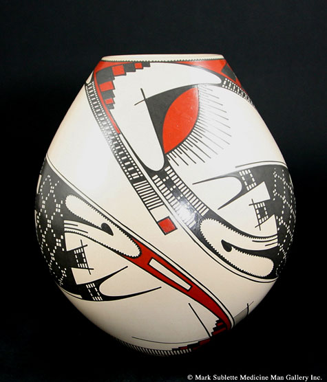 Marta Oritz Pueblo pot by Juan Quezada hand painted in red and black on a white background