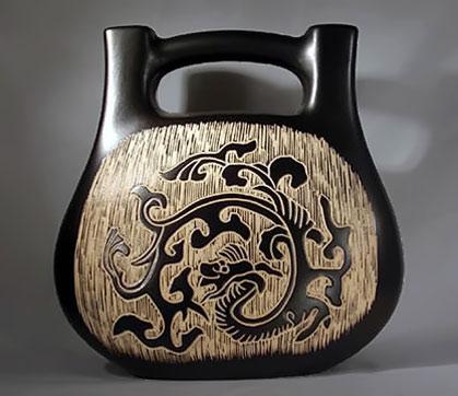 Scrafitto Dragon decorative vessel
