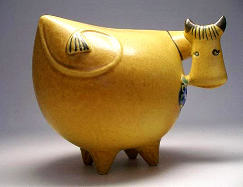 Lisa Larson yellow ceramic cow