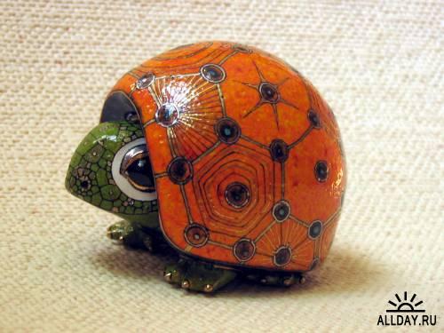 Orange Turtle by Anya Stasenko and Slava Leontyev, Ukraine