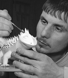 Slava Leontiev painting porcelain figurine