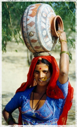 Rajasthani women with her pot