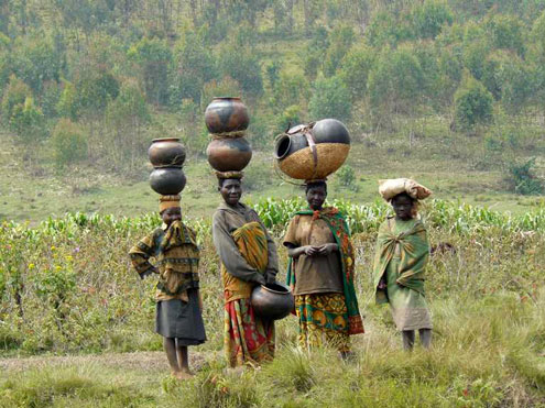 Batwa women with pots