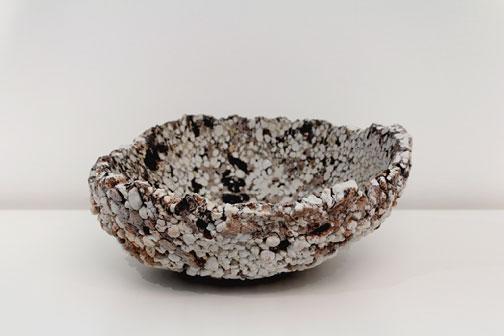 Claudi Casanovas textured ceramic dish