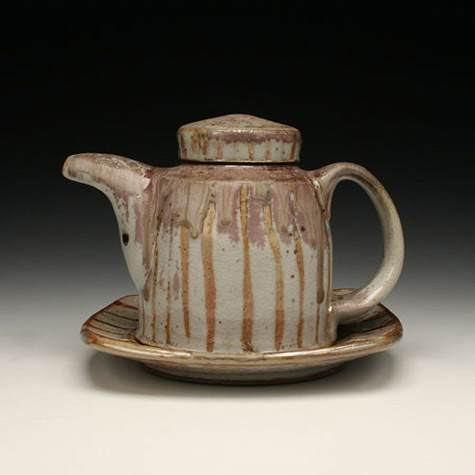 Stoneware teapot made by Matthew-Hyleck