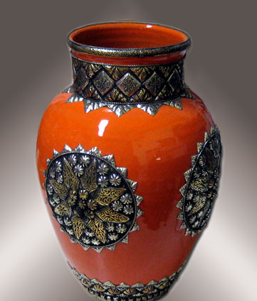 Marrakesh Moroccan Vase with engraved metal motifs