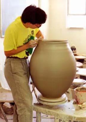 Hsinchuen Lin ceramic artist