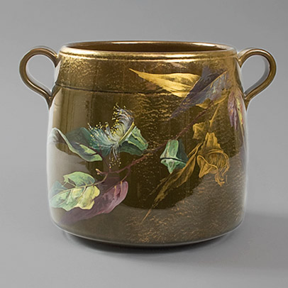 A-French-Art-Nouveau-ceramic-pot.