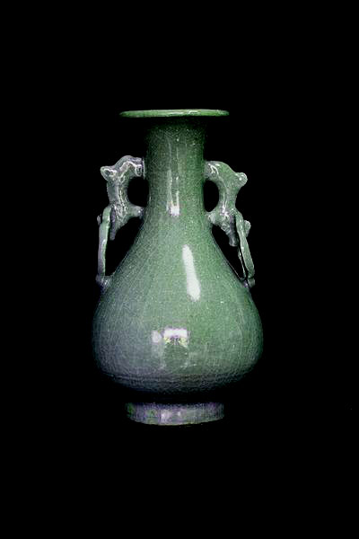 Chinese Song Dynasty Green Celadon Vase