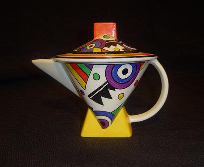 Cubist Clarice Cliff teapot