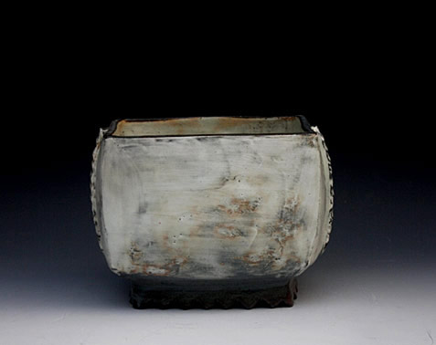 Ceramic vessel - Lee Kang Hyo