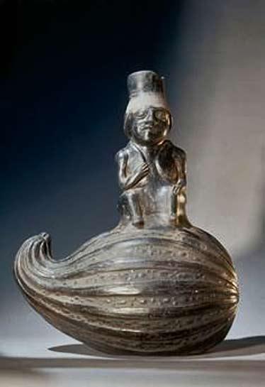Chimu-culture,-Northern-Peru,-ca.-1100–1470-AD.-–-Vessel-in-the-shape-of-a-man-seated-on-a-pumpkin