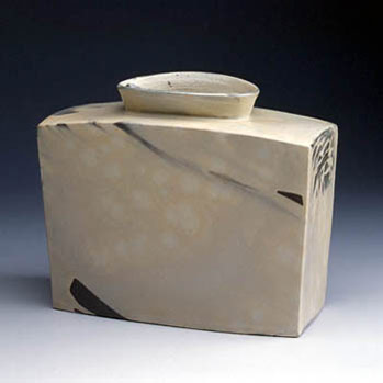 Choi Seong-Jae ceramic jar