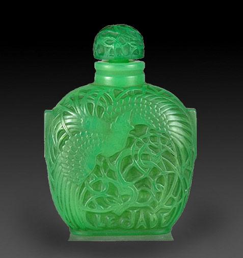 La Jade perfume bottle - Lalique