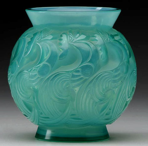 Rene Lalique Le Mans vase of cased opalescent turquoise