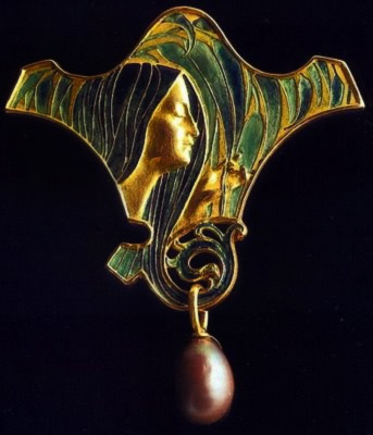 c.-1920's-Art-Nouveau-Figural-Pearl-Broach-By-Rene-Lalique