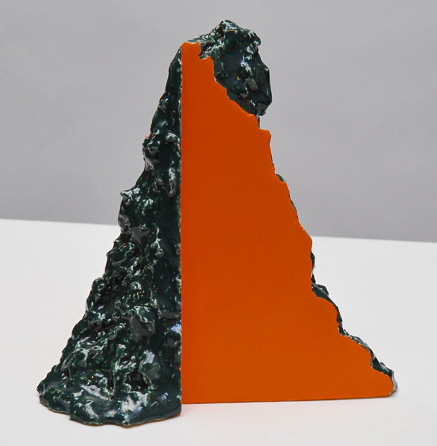 Jane-King,-Untitled-(Absence-series,-tangerine-and-green),-2014,-ceramic-with-earthenware-glaze-and-acrylic-paint,-18cm-