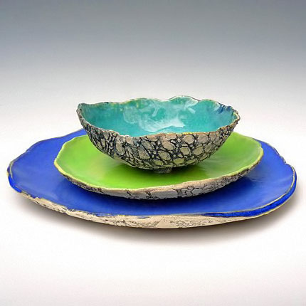 ceramic-bowl-and-plates