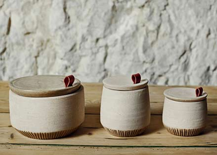 recycled-marble-dust-used-to-create-simple-homeware-range-by-francesca-gattello-_dezeen_3