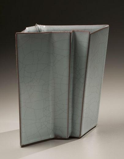 Takagaki Atsushi (b. 1946)Vessel with vertical folds, 2008