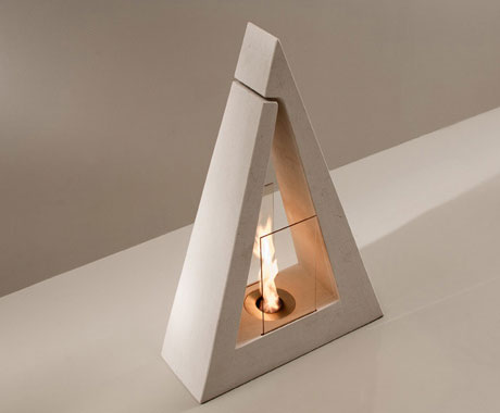 acquaefuoco-Italian-design Bio ethanol triangular fire sculpture
