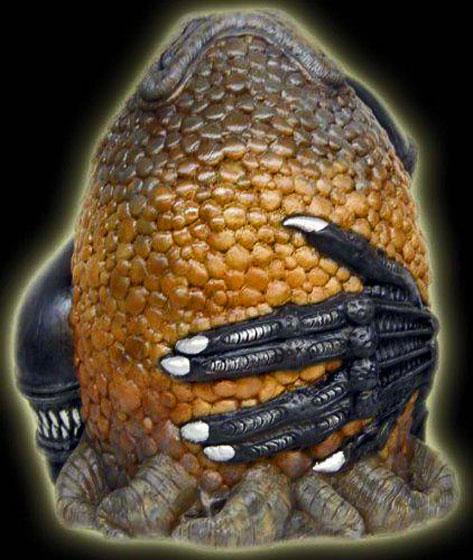 Alien-Ceramic-Cookie-Jar