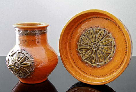 Bitossi-Italian-Pottery-Vintage-orange vase and dish