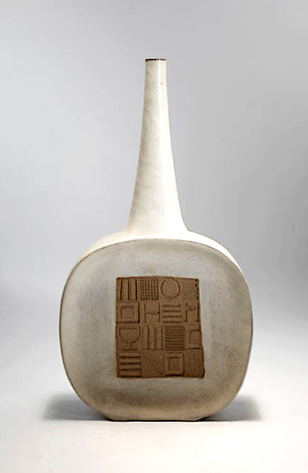 Bruno_Gambone mid centruy modernist bottle